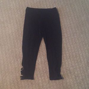 Mid rise Capri leggings